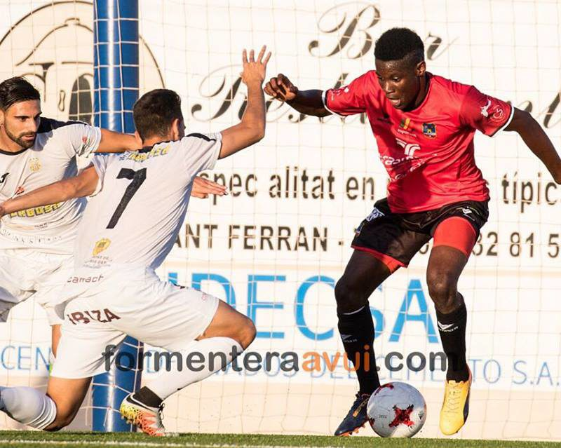 Kingsley Fobi in action in Spain