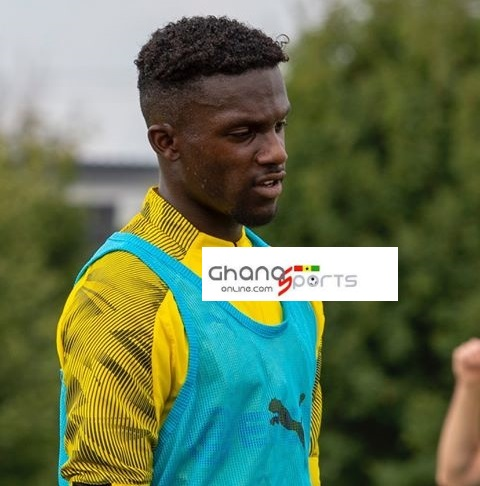 German-born Ghanaian youngster Richmond Tachie began training with Dortmund on Monday